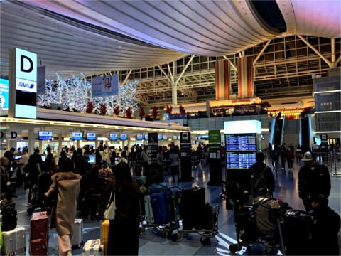 羽田国際線ターミナルANAカウンター