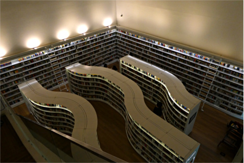 上から見た書架配置
