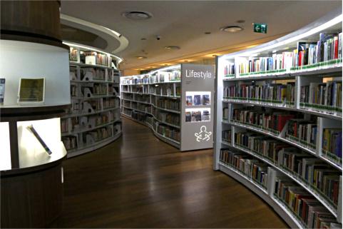 4階の書架