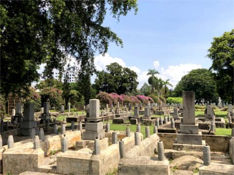 日本人墓地遠景